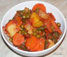 Mix Vegetable - Ghiveci de legume la cuptor de post Ratatouille, Thai Red Curry, Vegan Recipes, Pork, Vegetables, Cooking, Ethnic Recipes, Kale Stir Fry, Kitchen