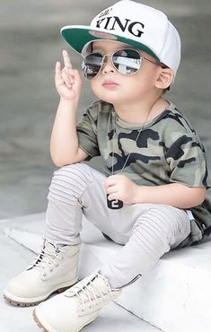 kids fashion, kids fashion girl, kids fashion boy, kids fashion tween, kids fashion girl toddler Earning money is definitely associated … Baby Boy Dress, Baby Boy Outfits, Kids Outfits, Cute Baby Dresses, Cute Baby Girl Images, Cute Baby Boy, Baby Girl Pictures, Baby Love, Kids Fashion Boy