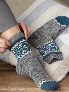 Socks for men in Regia Extra Twist Merino and – Color – Socken Stricken Crochet Socks, Knitting Socks, Hand Knitting, Knitting Patterns, Knit Crochet, Mittens, Mitten Gloves, Knitted Booties, Shoes