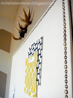 DIY linen pinboard! An awesome idea to make those useful things not ugly anymore!!