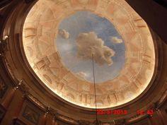 João Cruz    Fotografia 11-O teto nas nuvens ;  Data: 23/5/2013 ;  original ;  Tamanho: 640x480 pixéis ;  Câmara: Casio Exilim,  Tirada por João Cruz