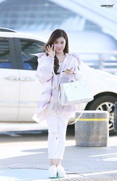 [160217] Tiffany at Incheon Airport To Bangkok