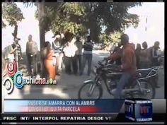 Una mujer se amarra con alambre de pua porque le quitaron su casa #NoticiasTelemicro #Video - Cachicha.com