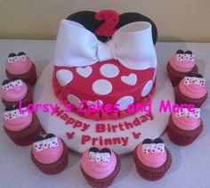 Minnie Mouse Cake and matching  Cupcakes
