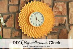 DIY Chrysanthemum Clock from Plastic Spoons