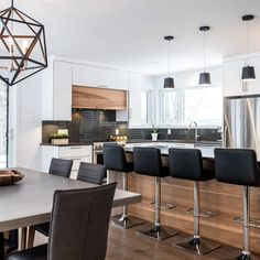 Awesome living kitchen room are available on our internet site. Farmhouse Style Kitchen, Modern Farmhouse Kitchens, Home Decor Kitchen, Home Kitchens, Interior Exterior, Interior Design, Wood Bedroom, White Bedroom, Cuisines Design