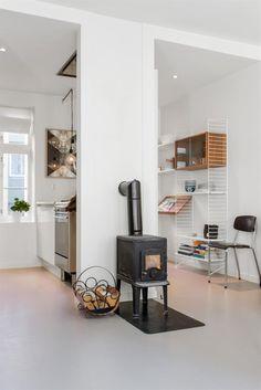 (1) FINN – Nordnes - Eierleilighet - Nydelig 2-roms leilighet. Oppusset 2013. Nytt kjøkken og bad. Muligheter for 3-roms løsning.