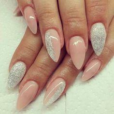ongles-rose-vernis-argente.jpg (760×760)