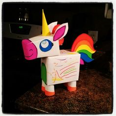 Valentine's day box, rainbow unicorn