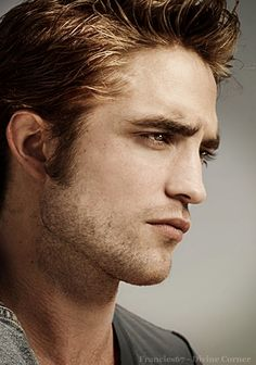 """robsessednowandforever: """" - Fave Robporn of the day Guess which is my fav? Edit's credits whowhatwhywherehow lunaticivy Unknown but. Twilight Movie, Twilight Images, Robert Pattinson Twilight, Robert Douglas, Edward Cullen, Cute Actors, Raining Men, Film Music Books, Male Face"""