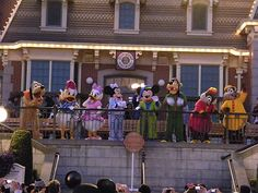 And so ended the One More Disney Day - All our favorite characters came out in their PJs to say goodbye