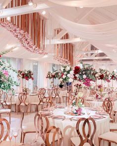 There is no better wedding combo than rose-gold with pops of pink! | WedLuxe Magazine