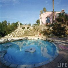 Jane Mansfields Pink Mansion and pool     Demolished 2002
