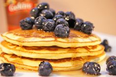 Our pancakes are freshly made from scratch and they are certainly not reheated frozen packs, like the ones that are widely available in supermarkets. Gelāre pancakes are freshly prepared with all natural ingredients, and served with a range of toppings such as Geláre's special pancake syrup, fresh cream, bananas, berries and your choice of ice cream.