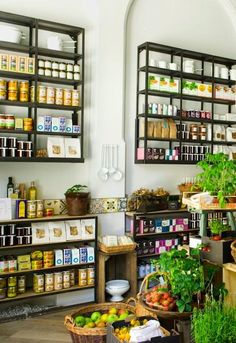 Melrose and Morgan Grocers, Deli, Cafe & Gift Shop, London, England, United Kingdom