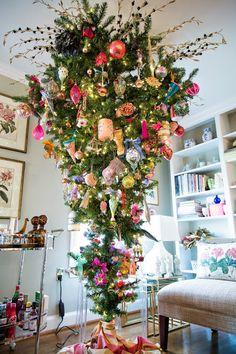 Upside down Chinoiserie Christmas tree via Chinoiserie Chic
