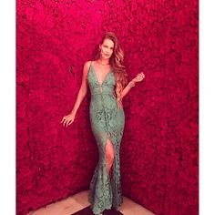 Instagram media fashionbrazilians - Linda @yasminbrunet1