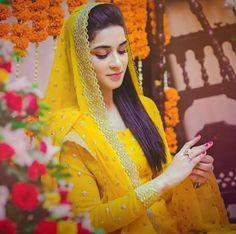 latest ubtan and mehndi dresses for bride Pakistani Mehndi Dress, Bridal Mehndi Dresses, Pakistani Wedding Outfits, Pakistani Dresses, Nikkah Dress, Bridal Outfits, Desi Wedding, Wedding Wear, Wedding Bride