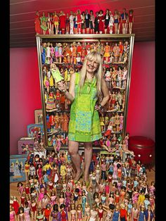 A little girl's dream: As of October Bettina Dorfmann of Germany had different Barbie dolls in her possession. Dorfmann began building her collection in (Photo: Ranald Mackechnie / Guinness World Records 2013 Edition)★eat your heart out mr. Vintage Barbie, Vintage Dolls, Guinness Book, Barbie Collector, World Records, Girls Dream, Toys For Girls, American, Fashion Dolls