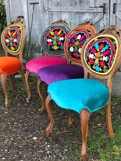 Eclectic Boho Dining Chairs upcycled home decor Eclectic Boho Dining Chairs Funky Furniture, Custom Furniture, Furniture Makeover, Painted Furniture, Upcycled Furniture, Furniture Ideas, Furniture Design, Painted Dressers, Furniture Market