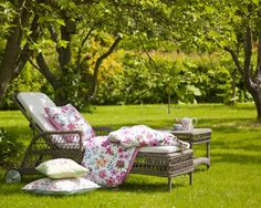 Utemøbler (Produktliste) [Sense Of Style - Persia Interiør] Outdoor Spaces, Outdoor Living, Outdoor Decor, Garden Furniture, Outdoor Furniture Sets, Picnic Blanket, Outdoor Blanket, Living In England, A Perfect Day