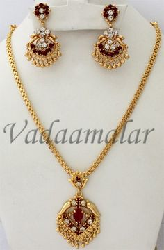 Pendant Long Chain Pedent Earring Ear Set Cute Gold Toned For Saree & Salwar Silver Jewellery Online, Gold Jewellery Design, Gold Jewelry, Gold Necklace, Gold Earrings Designs, Necklace Designs, Gold Chain Design, Indian Jewelry Earrings, Gold Ornaments