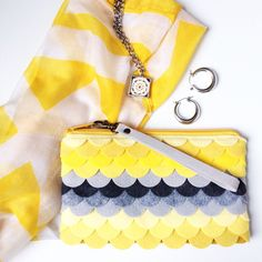 Colorful Weekend wear! Custom scalloped bags, made to order for you!!