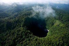 Sótano del Barro, Queretaro México. 455 Mts. de profundo, diámetro  315 mts.