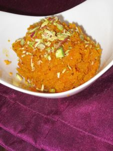 GajarHalwa Dessert Dishes, Desserts, Indian Pudding, Sweet Spice, Dried Fruit, Your Recipe, Carrots, Curry, Spices