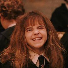 Harry James Potter, Harry Potter Hermione Granger, Harry Potter Icons, Harry Potter Anime, Harry Potter Pictures, Harry Potter Aesthetic, Harry Potter Cast, Harry Potter Universal, Harry Potter World