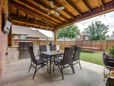 Eclectic Ranch Renovation - Outdoor Dining