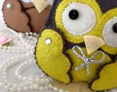 Lembrancinha Coruja Cinza e Amarelo