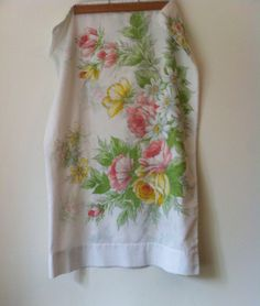 Vintage Floral Flat Queen Sheet and Two Pillow Cases