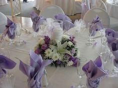 Decoración boda en tonos lavanda: fotos ideas originales - Centros de mesa en color lavanda
