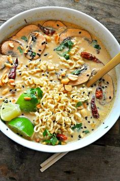 Vegan Spicy Thai Peanut Ramen - Rabbit a. - Vegan Spicy Thai Peanut Ramen – Rabbit and Wolves - Ramen Recipes, Veggie Recipes, Asian Recipes, Whole Food Recipes, Cooking Recipes, Thai Recipes, Vegan Recipes One Pot, Recipes With Ramen Noodles, Drink Recipes