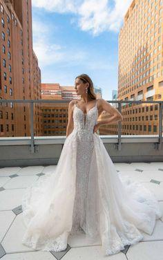 Spaghetti Strap Wedding Dress, Wedding Dresses With Straps, Stunning Wedding Dresses, Detachable Wedding Dress, Beaded Wedding Gowns, Gown Wedding, Wedding Bells, Bridal Gowns, Essense Of Australia Wedding Dresses