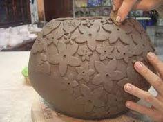 Resultado de imagem para ceramica decorativa parede