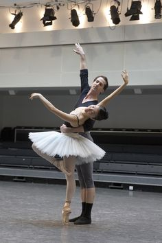 Yuhui Choe and Nehemiah Kisch in rehearsal for The Nutcracker, The Royal Ballet 2015 ROH Photograph by Andrej Uspenski Ballerina Dancing, Ballet Dancers, Ballet Art, Contemporary Dance, Modern Dance, Ballet Performances, Ballet Images, Ballet Companies, Bolshoi Ballet