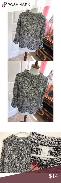 H&M oversized sweater - Size S - I don't trade or sell outside of posh. - I ship every single day!  - All items come from a smoke free home!  - If you have anymore questions just let me know and I would be happy to help! 🙂 H&M Sweaters Crew & Scoop Necks