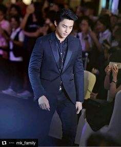 Mark Prin, Thai Drama, Chanyeol, Actors & Actresses, Handsome, Celebs, Mens Fashion, Guys, My Love