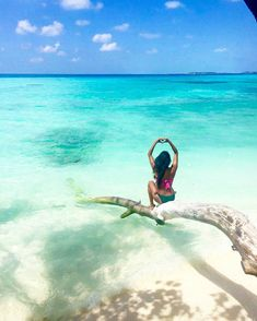 The Maldives Islands  Photo@nxkkxta #travel #view #awesome #wonderful #travellife #amazing #summervibes #igmasters  #igtravel #travelblog #travelgoals #nature #nofilter #summer #mytinyatlas #blue #whitesand #worlderlust #bestvacations #tlpicks  #maldives #luxurytravel #travelgram #island #dreams #wanderlust  #bliss #photooftheday #paradise #heart