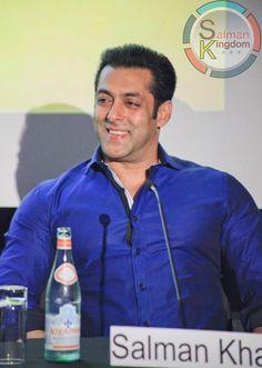 Charming Salman Khan at Dr Cabbie Press Conference!   Salman Kingdom
