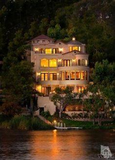 Lake Sherwood California Home