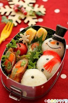 日本人のごはん/お弁当 Japanese meals/Bento 雪だるま弁当 Three Onigiri Rice Balls Snowman, Winter Kyaraben Bento Lunch