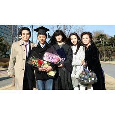 When Han Hyo Joo and Moon Chae Won become a family  #hanhyojoo #moonchaewon…