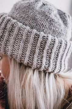 Knitting Socks, Knitted Hats, Knitting Patterns, Crochet Patterns, Knitting Ideas, Crochet Yarn, Beanie, Textiles, Sewing