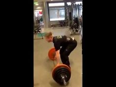 Markløft/ Deadlift 185 kg x 2 reps. Kroppsvekt: 81 kg. Powerlifting, Youtube, Weight Lifting, Weightlifting, Youtubers, Weights, Youtube Movies, Lift Heavy