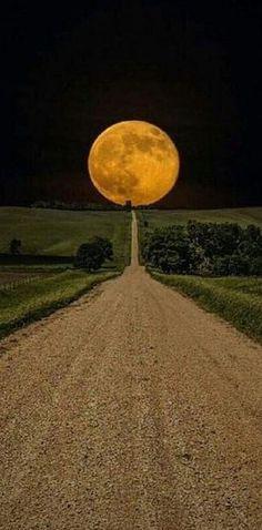 Glorious Moon over South Dakota