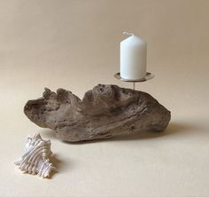 Bougeoir en bois flotté Candle Holders, Candles, Decoration, Objects, Atelier, Paint, Decor, Porta Velas, Candy