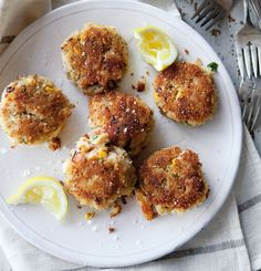 Corn pairs well with the crabmeat in these crispy cakes because it does not mask the seafood's delicate flavor. The easy mayonnaise-based dipping sauce, a heady mix of heat, sweet and tart, is the ...